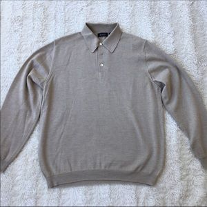 Barneys New York tan Sz Medium men's sweater